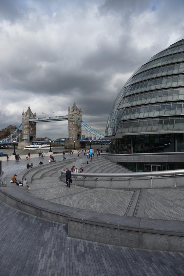 Mein Countdown-to-London ist abgelaufen. Ich werde dennoch weiter London-Fotos am Freitag präsentieren, schließlich habe ich ja jetzt neue Bilder. Ach, und meine Reiseberichterstattung kommt auch noch.